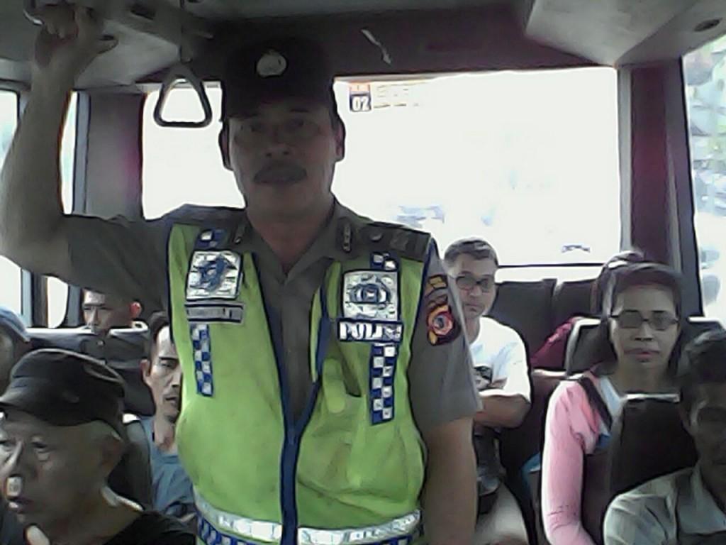 Melalui Upaya Preventif Jajaran Polres Bogor Kota Jamin Rasa Aman dan Nyaman Masyarakat Saat Demo Angkot di Kota Bogor