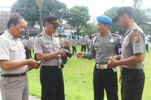 Polres Bogor Kota- Kasi Propam Polres Bogor Kota Iptu Masudi melaksanakan  kegiatan gaktiplin kepada seluruh anggota Polres Bogor Kota 79180e4f99d90