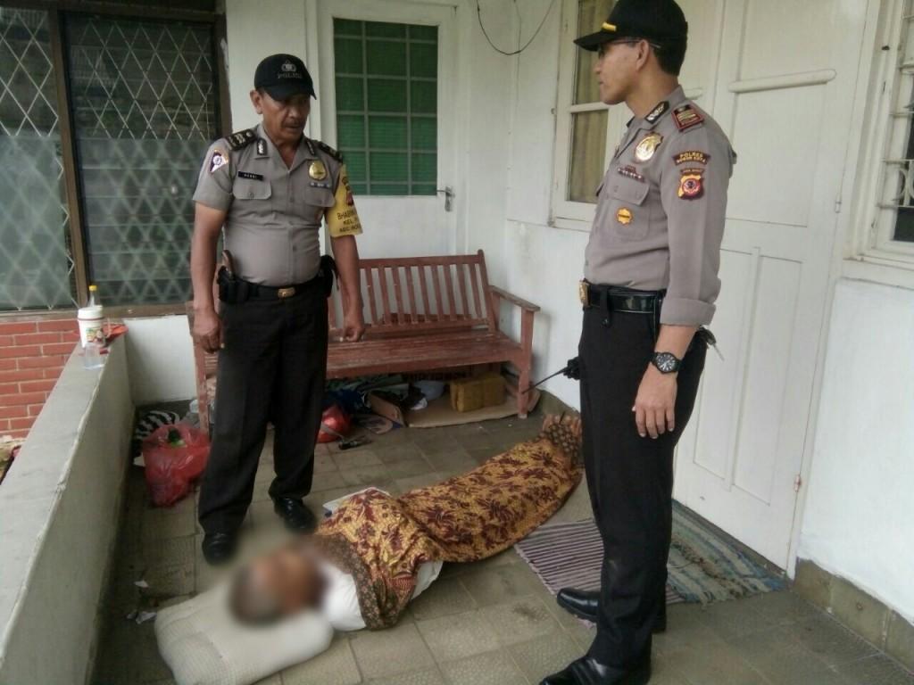 Diduga Karena Sakit, Tukang Becak Ditemukan Meninggal Diteras Rumah