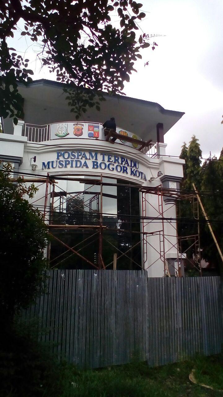 Kapolsek bogor tengah kunjungi pembangunan pos terpadu muspida